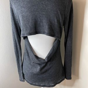 White crow gray thermal , SZ large NWT
